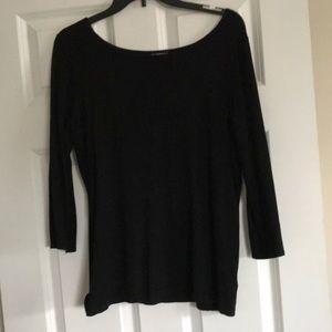 Black 3/4 knit shirt